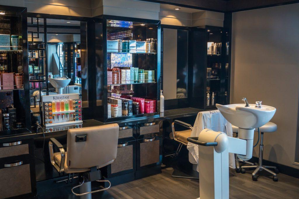 dofinansowanie z urzędu pracy na salon fryzjerski